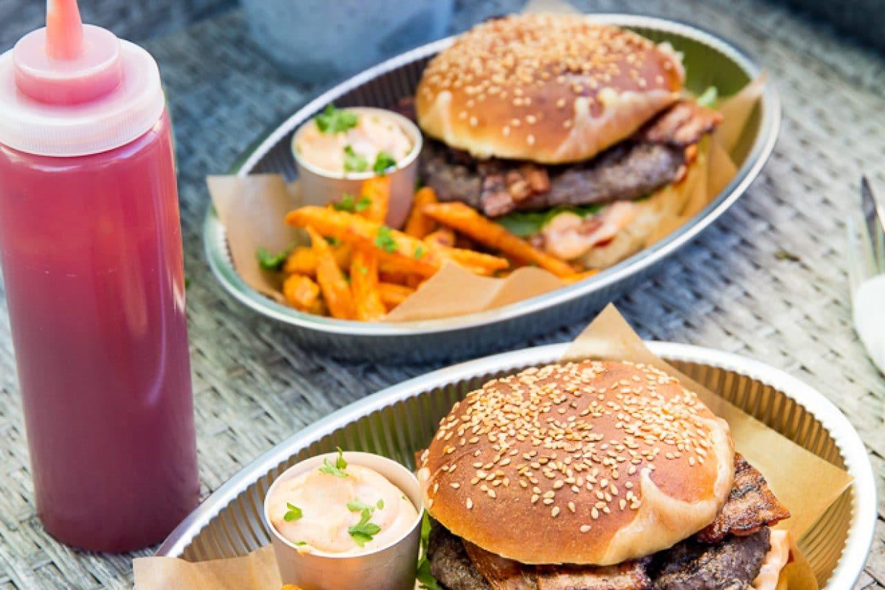 Hemmagjord ketchup till burgare och korv